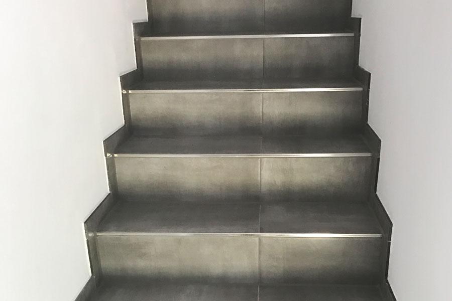 Geflieste Treppe vom Fliesenleger in Mespelbrunn